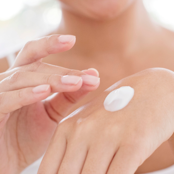 hand-cream-on-hands